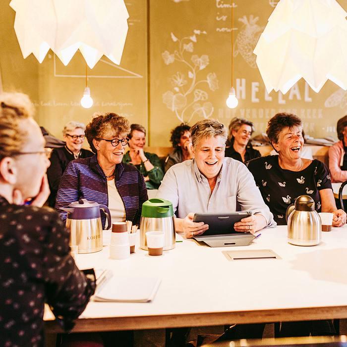 Vrouwencafé Dikke Trui. Foto Stella Dekker